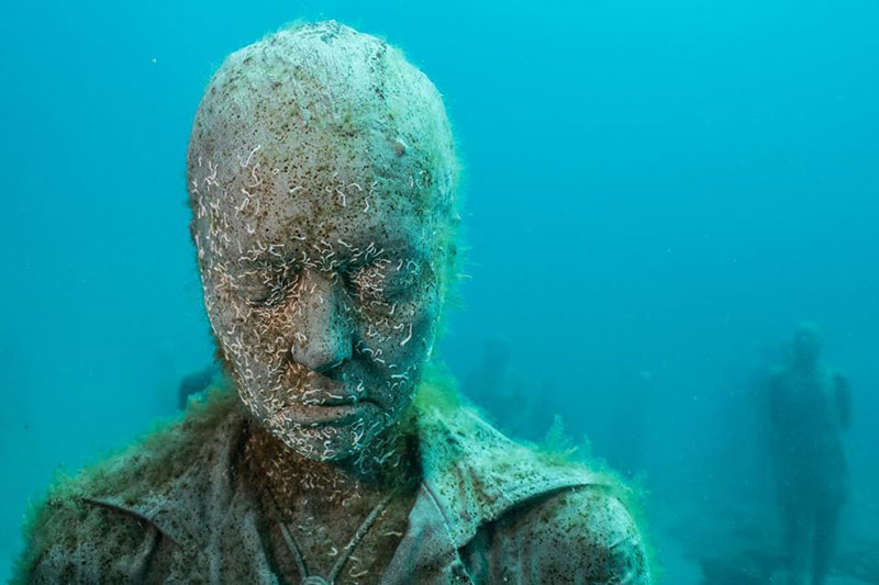 Museo atlantico installation by jason decaires taylor for Spain underwater museum