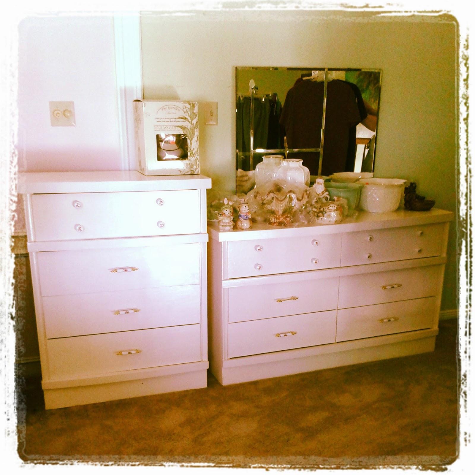 Estate sale services roland dressler vintage - Vintage bedroom furniture for sale ...