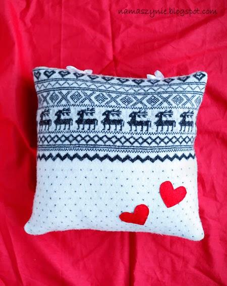 Poduchy, Boże Narodzenie, wiązana, na troczki, ze swetra, w renifery, jak uszyć, z serduszkami, z reniferem, skandynawska, miła w dotyku,