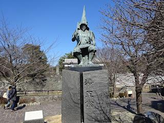 熊本城前の加藤清正公の銅像