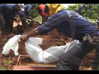 Hukum Membongkar Kuburan dan Memakamkan Jenazah dalam Satu Kuburan