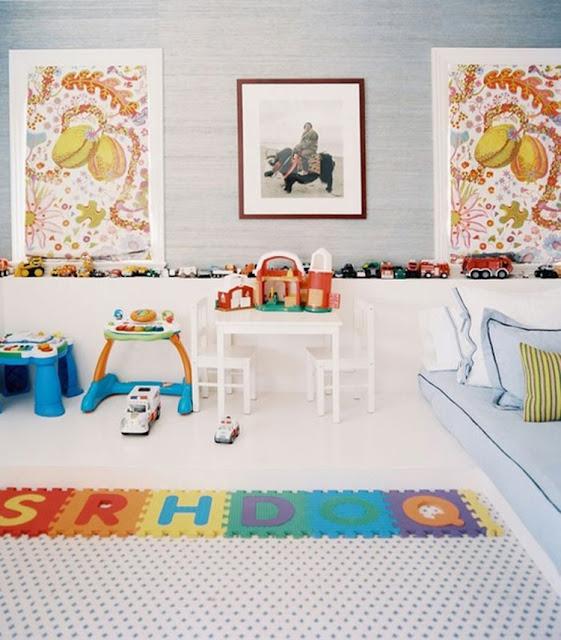 Mesinha infantis e cadeiras Quarto Montessoriano