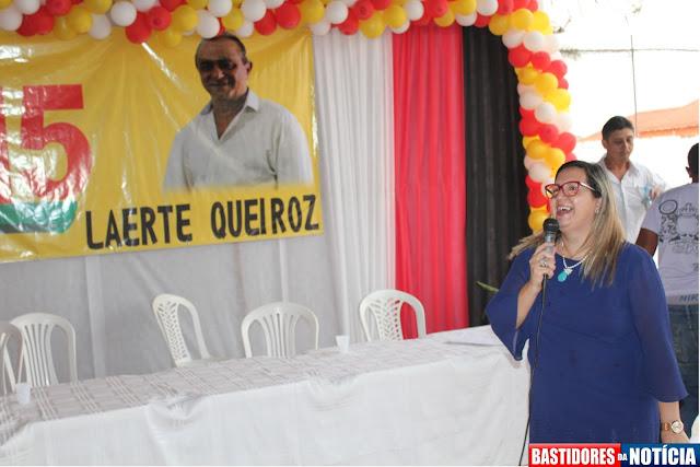 professora doranilda pp - apoia Laerte Queiroz