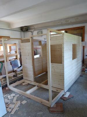 Projekt Domek z drewna na dzieci - ukończony.