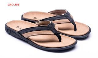 Sandal-Footbed-Pria-Bermerk-Paling-Laris