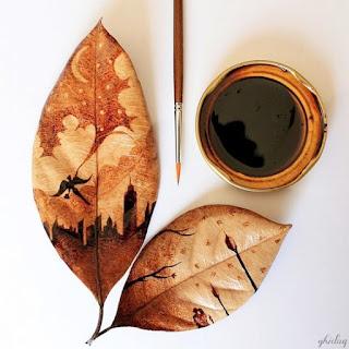 foglie dipinte con caffè