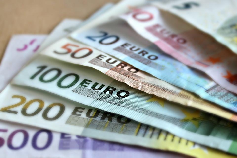 Wyjazd za granicę - jak ogarnąć wymianę pieniędzy?