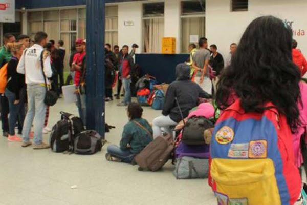 Suspenden la aplicación de requisitos para entrada de venezolanos en Ecuador