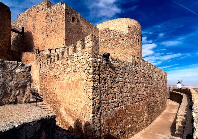 castillo-de-consuegra.jpg