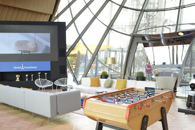 HomeAway展出全球首個艾菲爾鐵塔套房