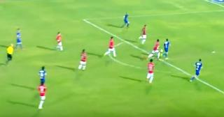 الأهلى يفوز على النصر برباعية ويقلص فارق النقاط مع الإسماعيلى إلى نقطة واحدة