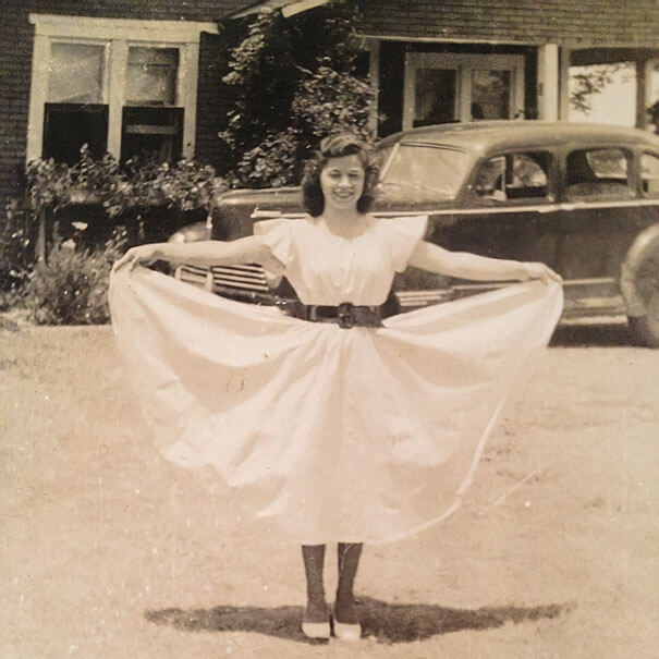 25 Fascinating Pictures Show How Cool Our Grandparents Used To Be - My Favorite Picture Of My Grandmother, 1942. She's Strong, Raised Six Children On Her Own After Leaving An Alcoholic Husband.