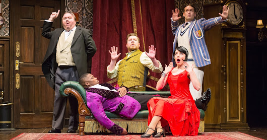 DETROIT GIVEAWAY: 4 tickets for The Play That Goes Wrong, February 12, Fisher Theatre {ends 12/4}