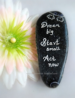 dream-big-start-small-act-now-quote-by-robin-sharma-on-rock-for-motivation-myindianversion