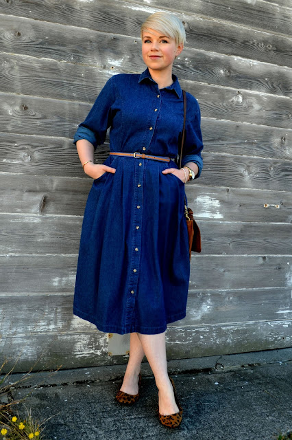 shirt dress, denim, vintage, coach purse, budget blogger