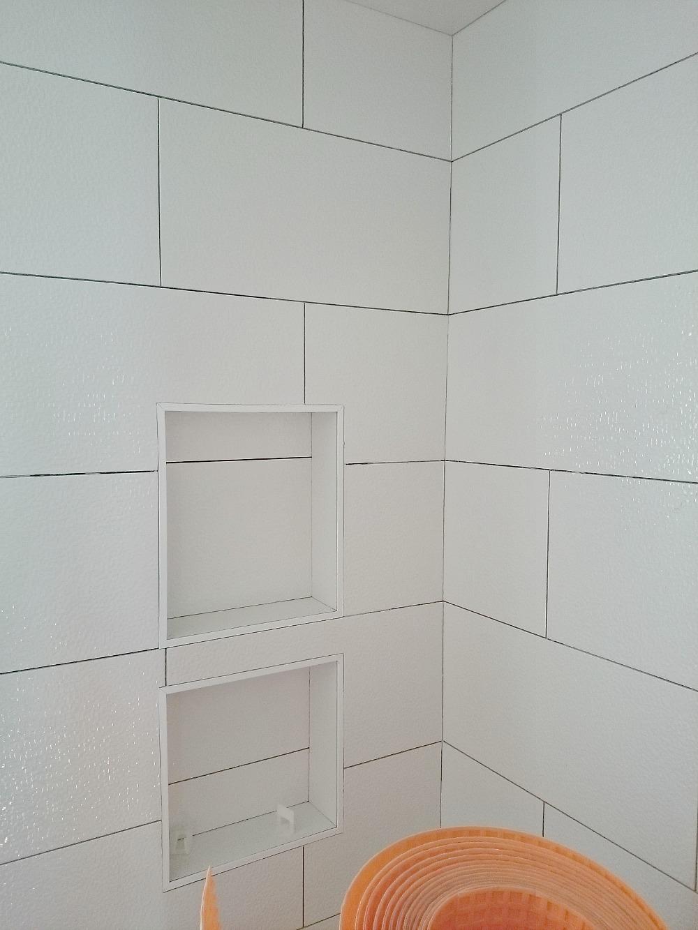 Tiled shower cubby