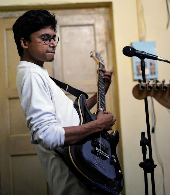 """Bangla Band """"Probaho"""" 11"""