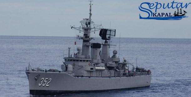 Kapal Perang KRI Slamet Riyadi