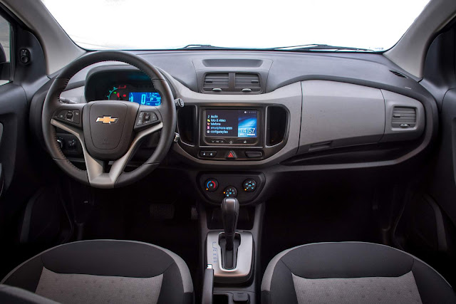Novo Chevrolet Spin 2017 - interior - painel