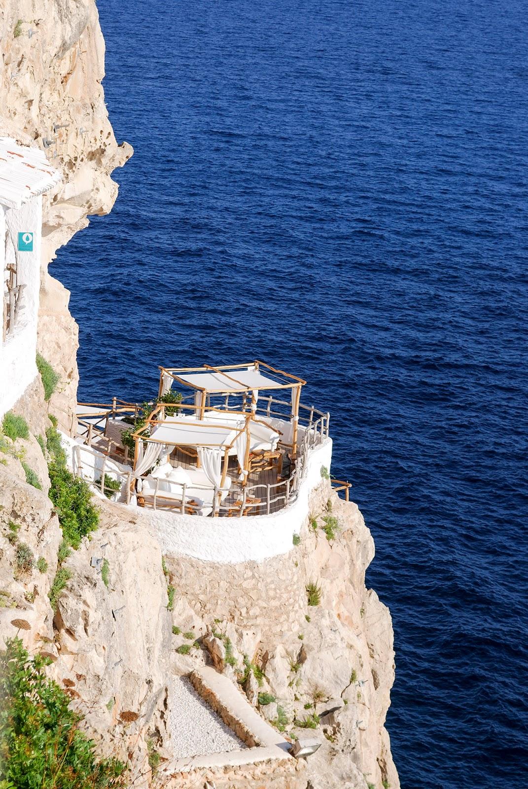 Cova d'en Xoroi Menorca Spain itinerary what to do
