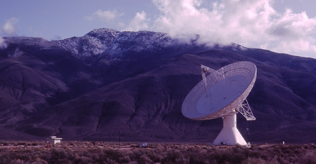Image of the 40-meter telescope of the Owens Valley Radio Observatory (OVRO), located near Bishop, California. Credit: Anthony Readhead/Caltech