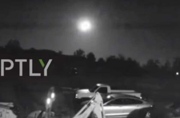Μετεωρίτης κάνει τη νύχτα... μέρα στο Άρκανσας των ΗΠΑ (video)
