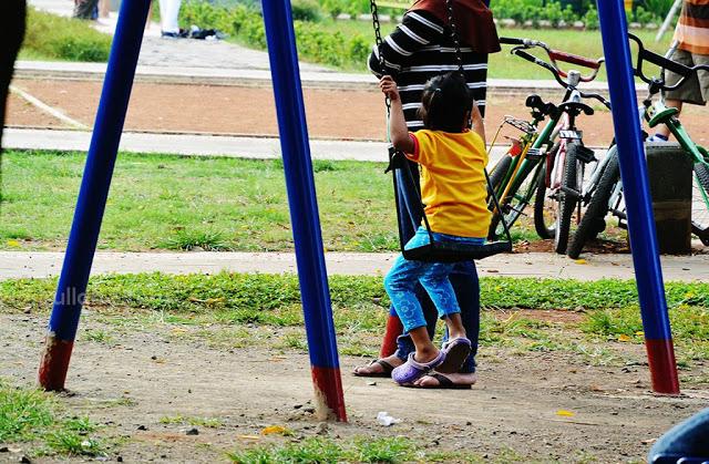 Tempat bermain anak-anak di Simpang Lima Semarang
