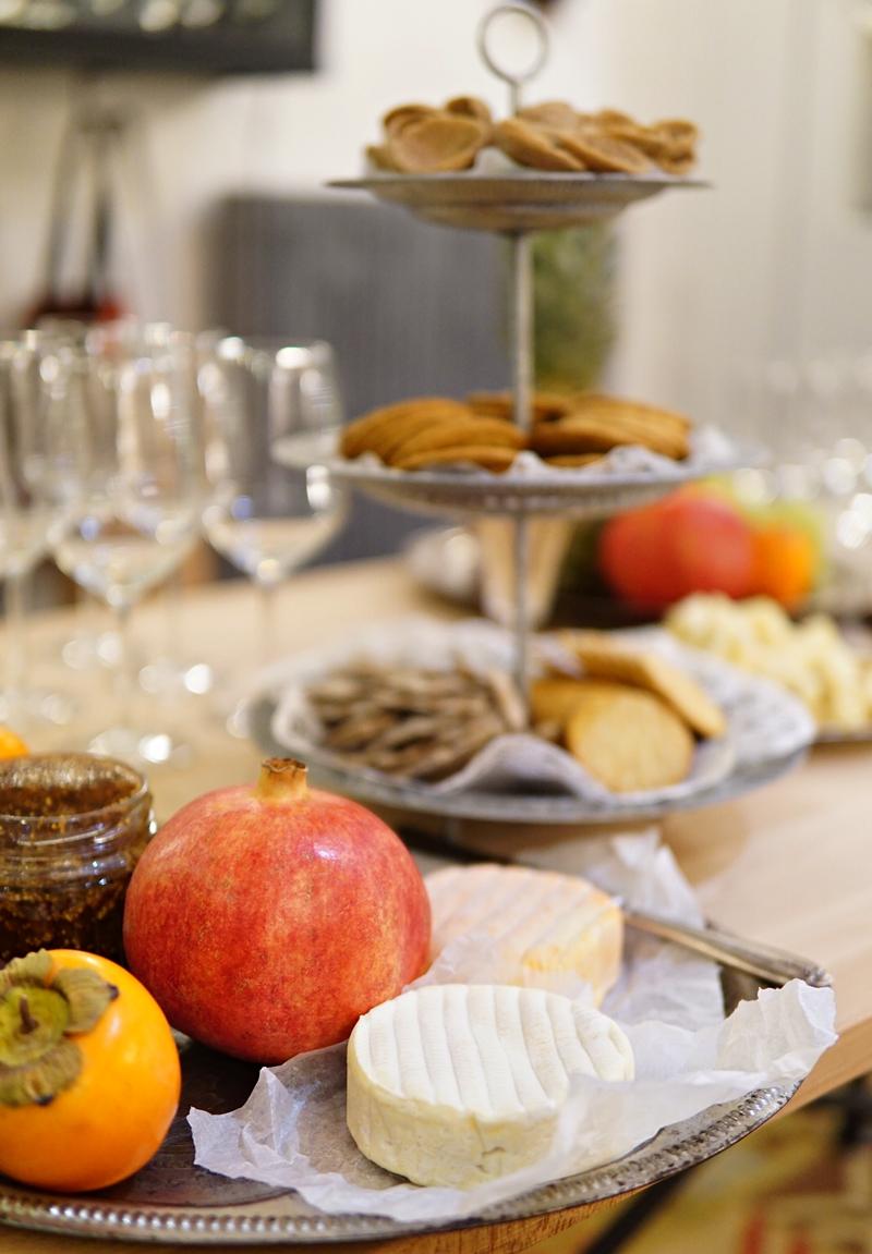 viinilinna, viini-ilta, viininmaisteluilta, juusto