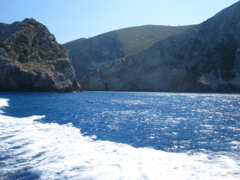 Плажът Навагио и Сините пещери, остров Закинтос