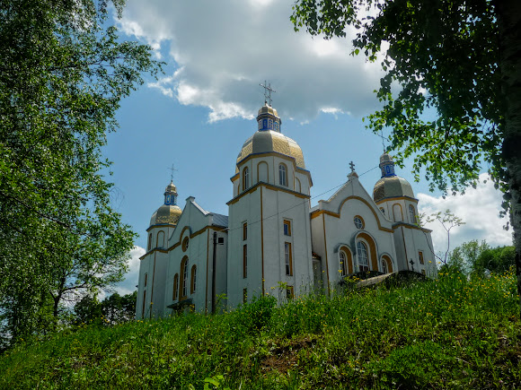 Долина. Свято-Успенський собор. УПЦ КП