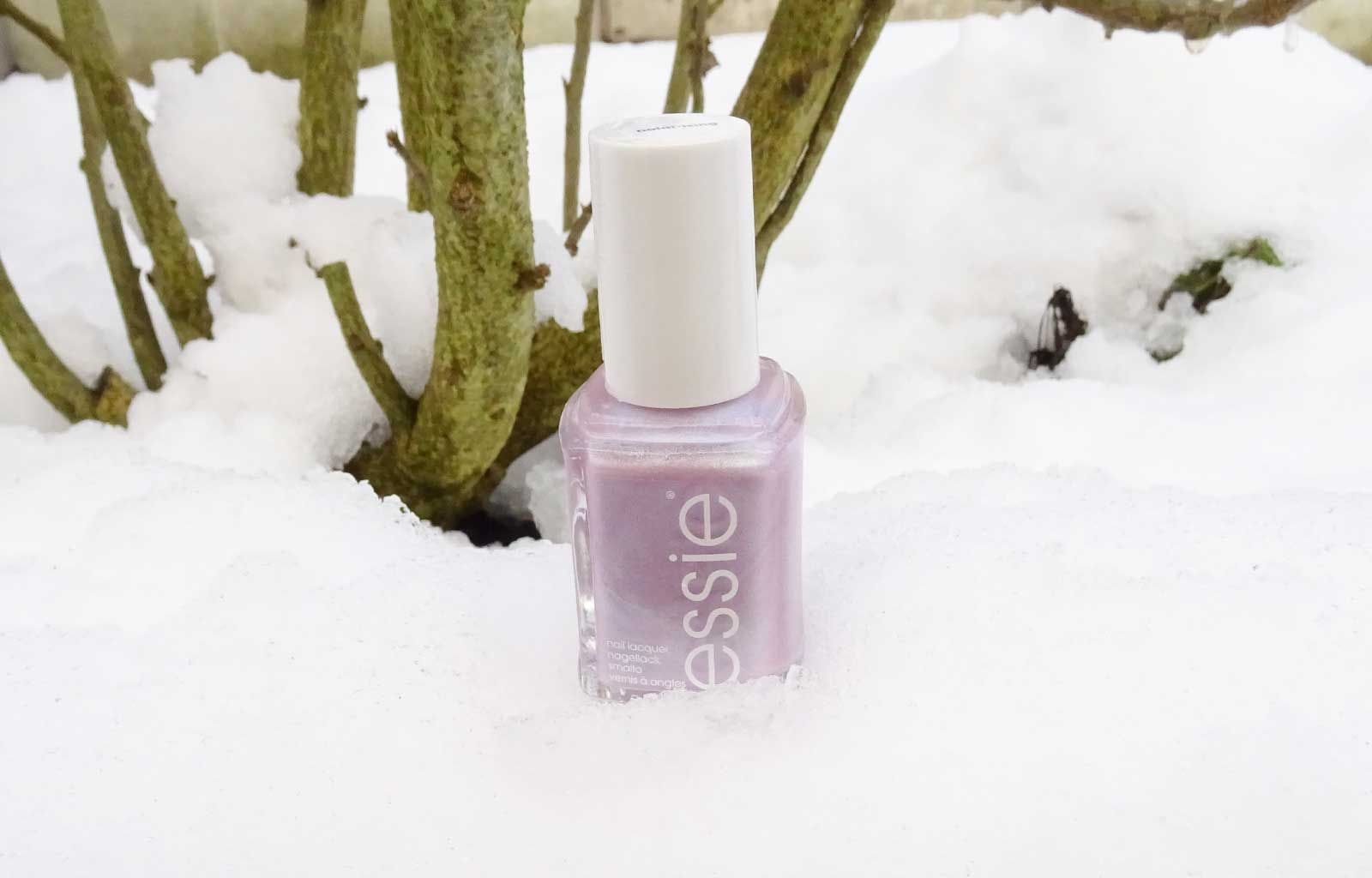 Essie collection hiver 2018-2019 polar-izing