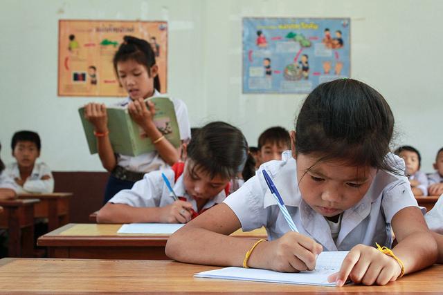 Cara Cerdas Menabung Untuk Pendidikan Anak