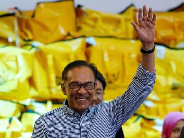 Berkunjung ke Padang, Anwar Ibrahim Cerita Pernah Dipenjara 2 Kali