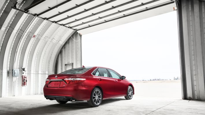 Wallpaper 4: Toyota Camry 2015