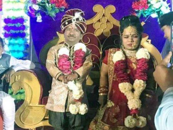 36 इंच के दूल्हे ने की अपनी साइज की दुल्हन से शादी, खूब नाचे घरवाले