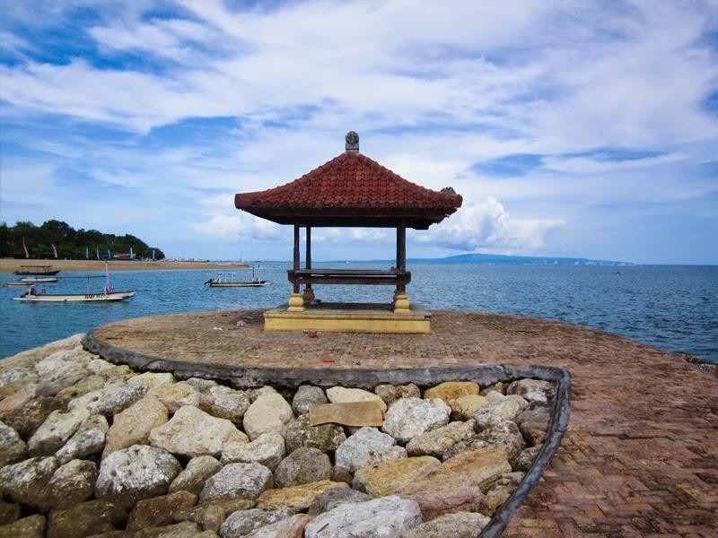 Wisata Pantai Mertasari Sanur
