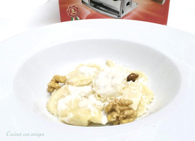Raviolis de pera y gorgonzola