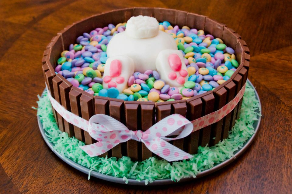 The Sweatman Family Bunny Butt Cake