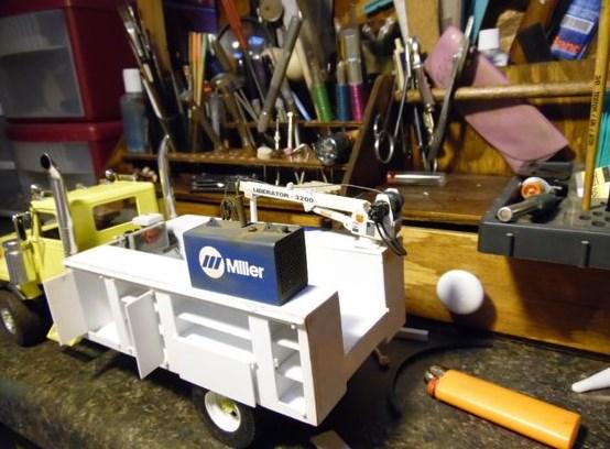 foto truk miniatur