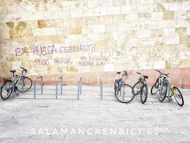 Salamanca, aparcabicis, Facultad de Geografía e Historia, usal