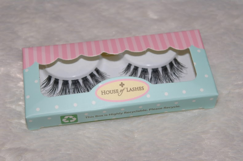 "House of Lashes Eyelashes in ""Siren"""