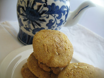cornmeal pine nut cookies