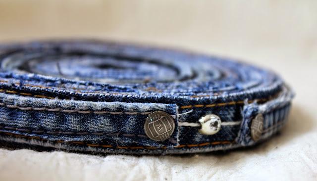подставка, джинс