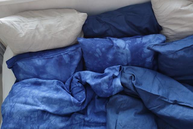 itsevärjätty pellavalakana, DIY linen sheets
