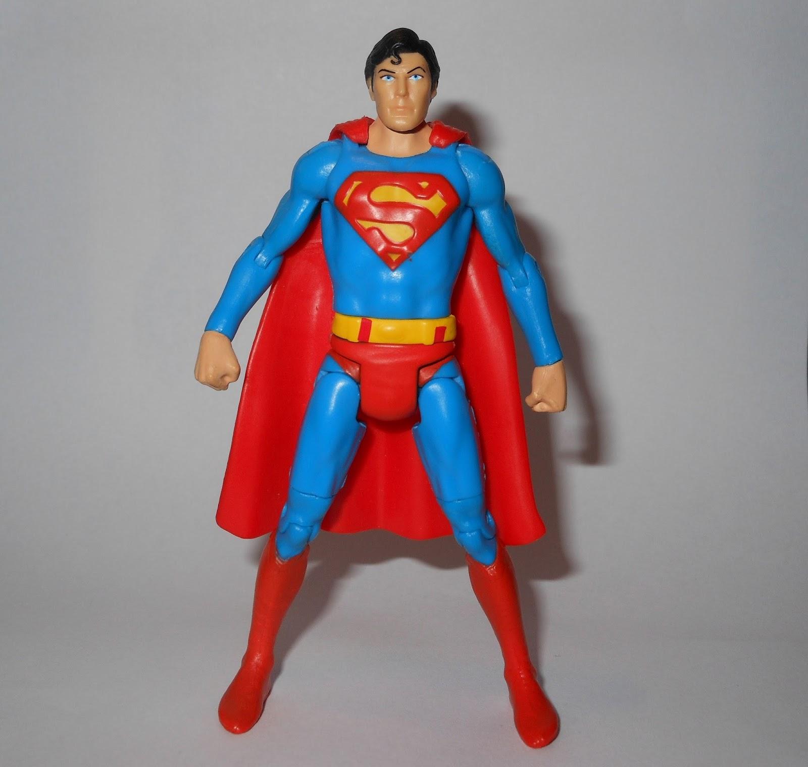 DC Comics Super Héroe Showdown 5 Pack Multiverse Figura De Acción-Superman