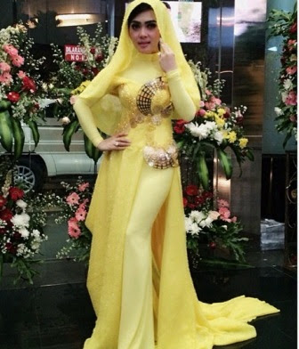 35 Model Terbaik Baju Muslim Gamis Syahrini 2018 Update