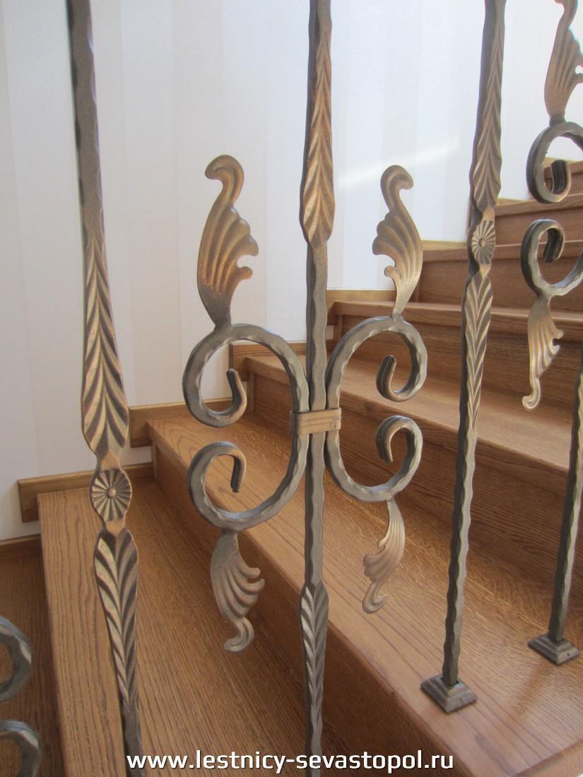 Обшить каркас лестницы