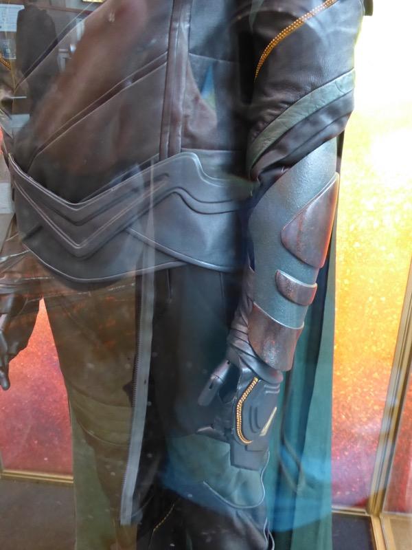 Loki costume glove Thor Ragnarok