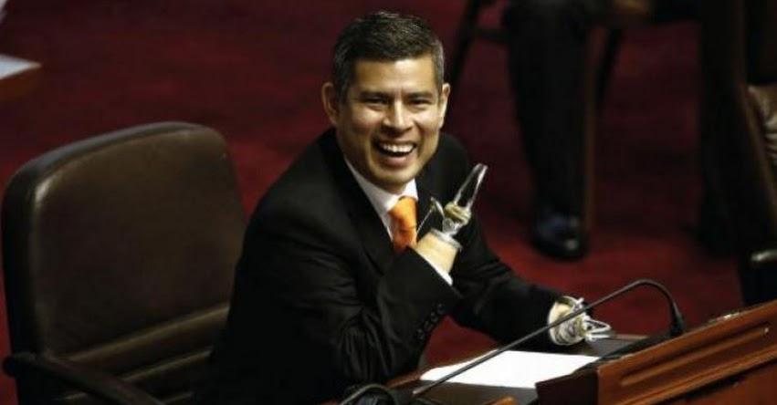 Presentan moción de censura contra presidente del Congreso, Luis Galarreta