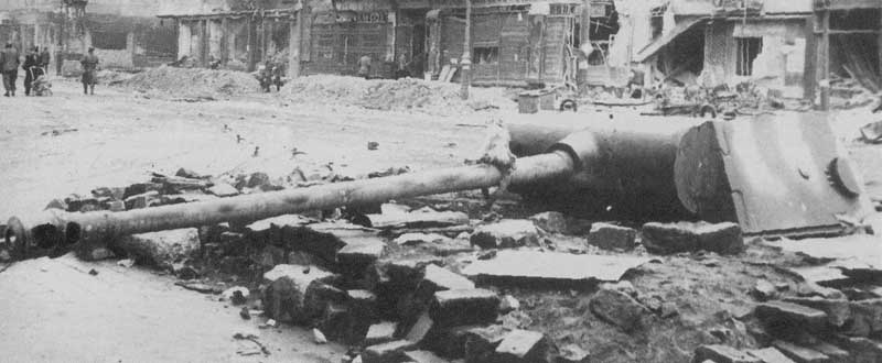Berlin 45 the last fight.. Panther+Bunker+Dug+in+Berlin+%284%29